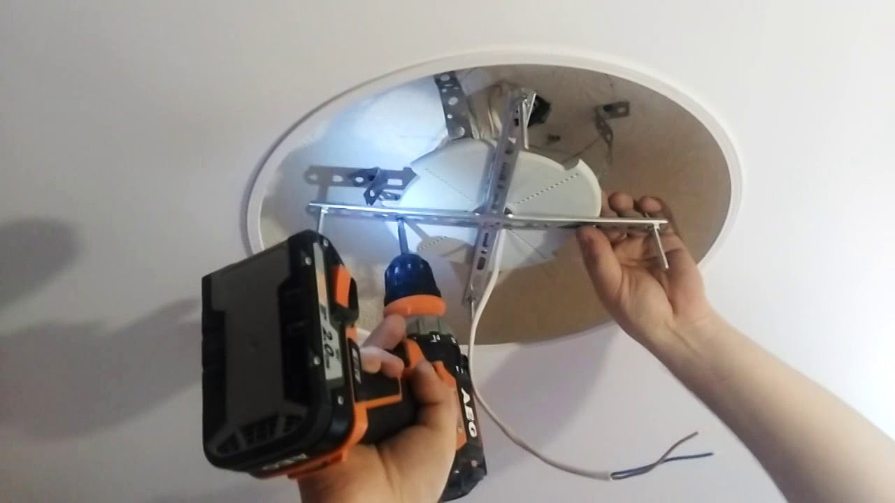 Вариант установки люстры