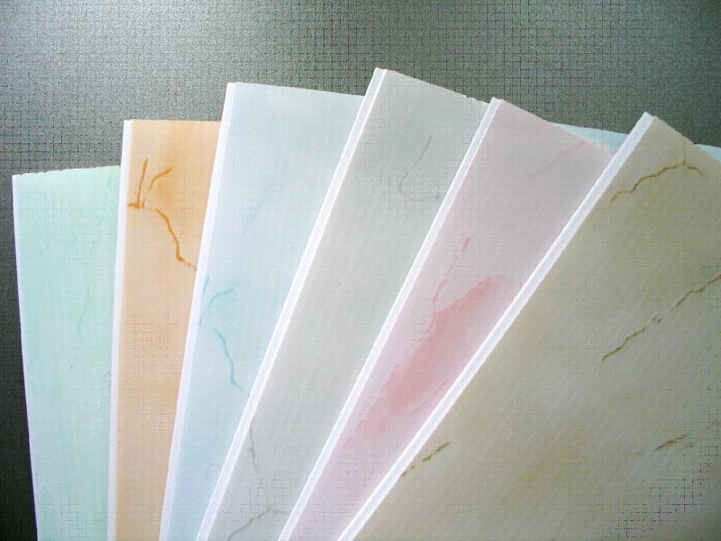 Панели ПВХ разных цветов