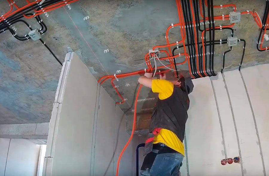 Размещение кабельных трасс на потолке