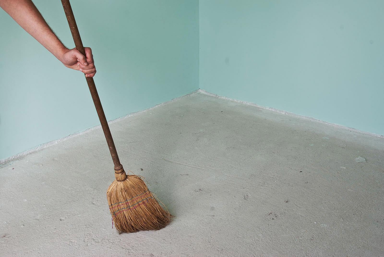 Очистка бетонного основания