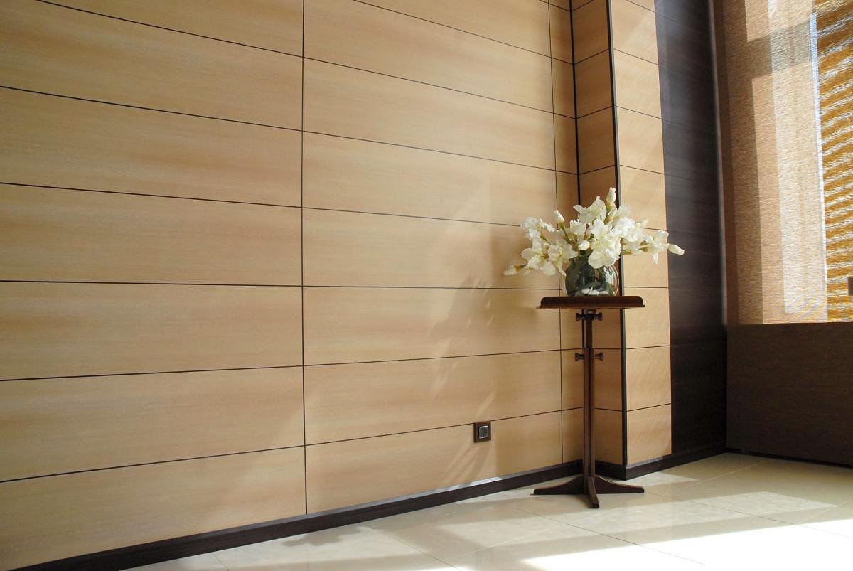 Сфера применения МДФ панелей широка, в частности их используют для отделки стен