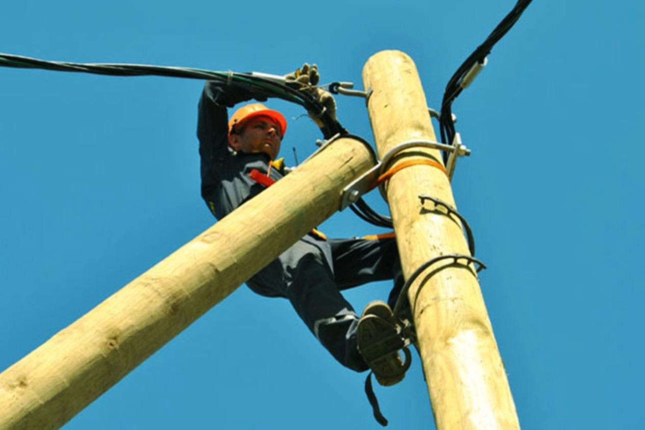 Установка кабеля СИП на столб