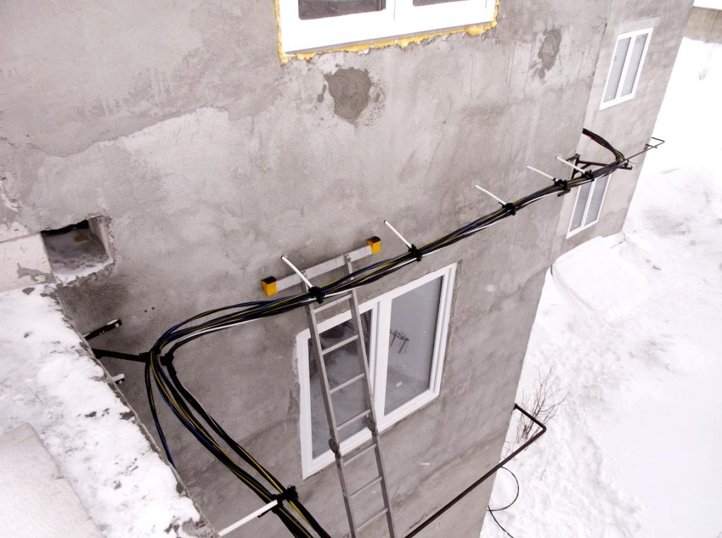 Установка СИП по стене