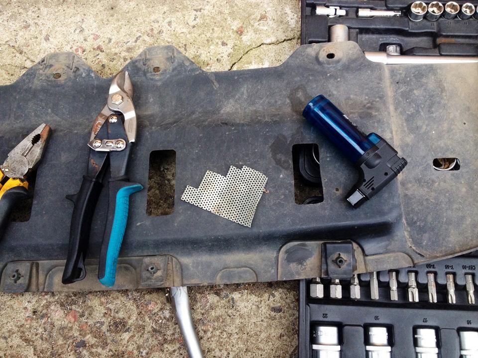 Набор необходимых инструментов для ремонта
