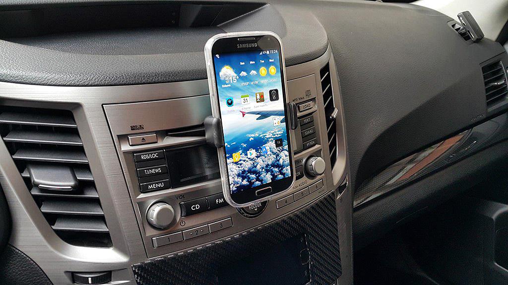 Держатель для телефона в автомобиле