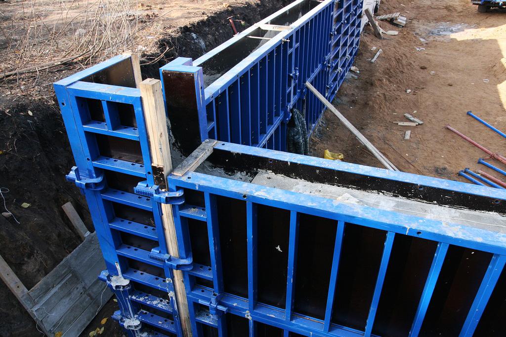 Щиты из металла для заливки бетонных стен