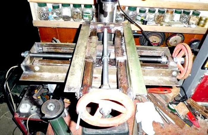 Координатный стол для сверлильного станка